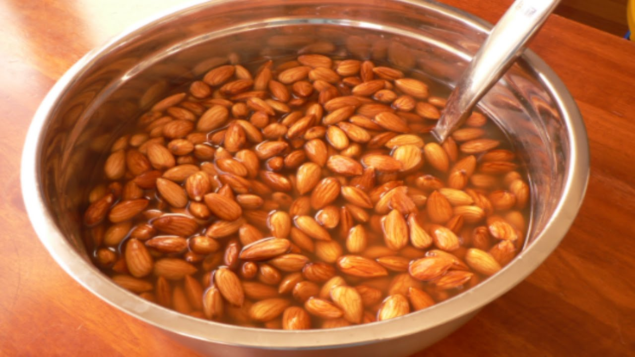 Soaked Almonds for a healthy life